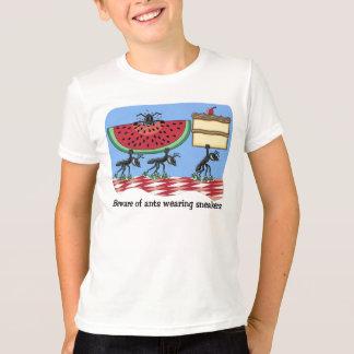 おもしろいなピクニックTシャツ Tシャツ