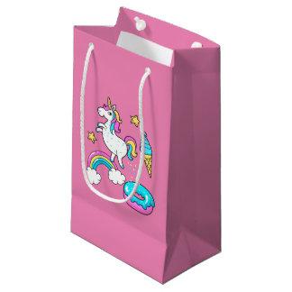 おもしろいなユニコーンのpooping虹はドーナツで振りかけます スモールペーパーバッグ