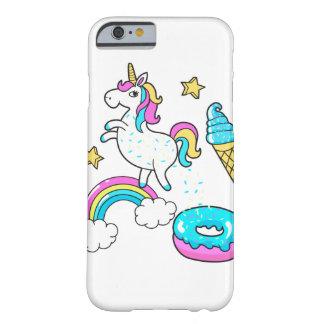 おもしろいなユニコーンのpooping虹はドーナツで振りかけます barely there iPhone 6 ケース