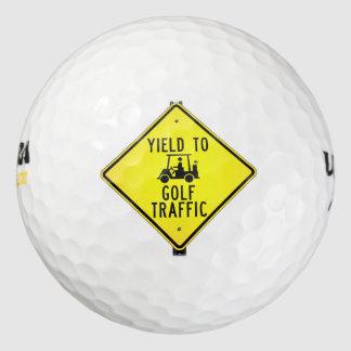 おもしろいな交通をゴルフをする収穫 ゴルフボール