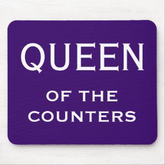 おもしろいな女性CFOのニックネーム-カウンターの女王 マウスパッド