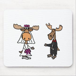 おもしろいな新郎新婦のアメリカヘラジカの結婚式 マウスパッド