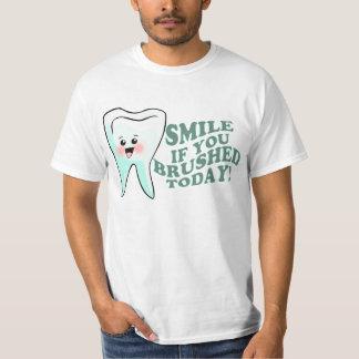 おもしろいな歯科衛生士 Tシャツ