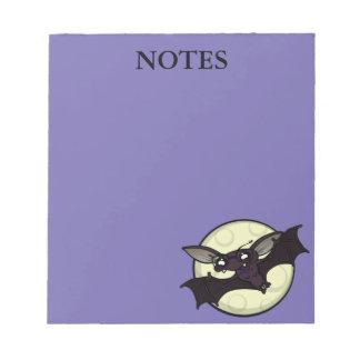 おもしろいな漫画のスタイルのハロウィンのこうもりのメモ帳 ノートパッド