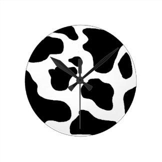 おもしろいな牛動物の皮パターン黒及び白 ラウンド壁時計