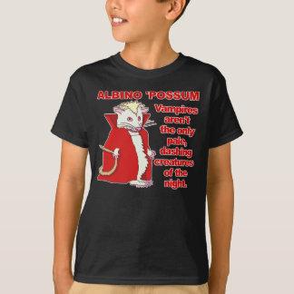 おもしろいな白子のふくろねずみの吸血鬼動物 Tシャツ