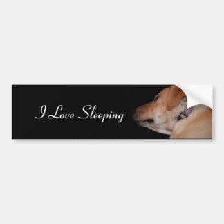おもしろいな睡眠のラブラドル・レトリーバー犬 バンパーステッカー