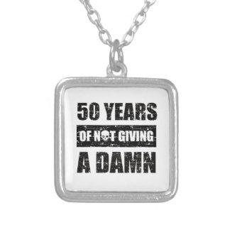おもしろいな第50年の誕生日プレゼント シルバープレートネックレス