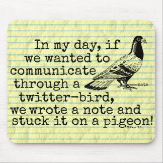 おもしろいな老齢期のTwitterの鳥ハト マウスパッド