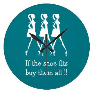 おもしろいな花型女性歌手の靴のバイヤー ラージ壁時計