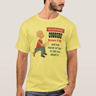 おもしろいな退職はそれをすべて知っています Tシャツ