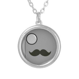 おもしろいな髭のデザイン シルバープレートネックレス