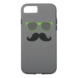 おもしろいな髭の緑のサングラス iPhone 8/7ケース