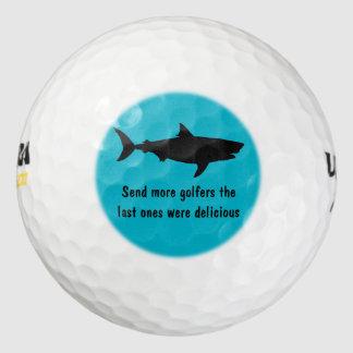 おもしろいな鮫のデザイン ゴルフボール