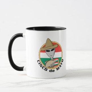 おもしろいなCinco deメーヨー マグカップ