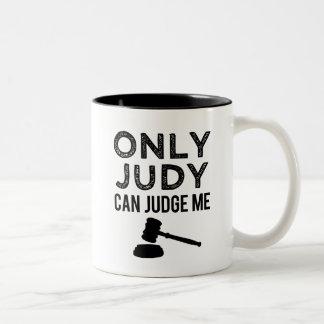 おもしろいなJudyだけコーヒー・マグ私を判断できます ツートーンマグカップ