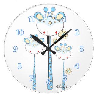 おもしろいのキリン -- 淡いブルー ラージ壁時計