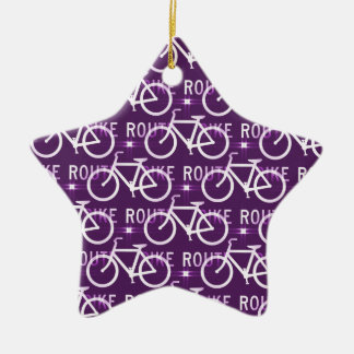 おもしろいのバイクのルートのFixieのバイクのサイクリストパターン紫色 セラミックオーナメント