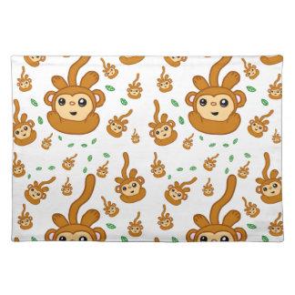 おもしろいの微笑の緑のソックス猿幸せなパターン ランチョンマット