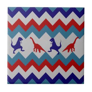 おもしろいの男の子の恐竜の赤く青いシェブロンパターン タイル