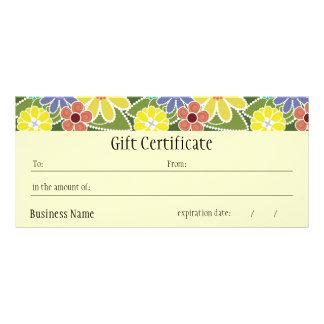 おもしろいの花模様の明るいギフト券 ラックカード