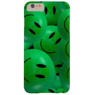 おもしろいは幸せな緑のスマイリーフェイスを冷却します BARELY THERE iPhone 6 PLUS ケース