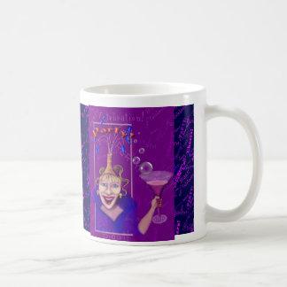 おもしろい及びお祝いの紫色のパーティーのデザイン コーヒーマグカップ