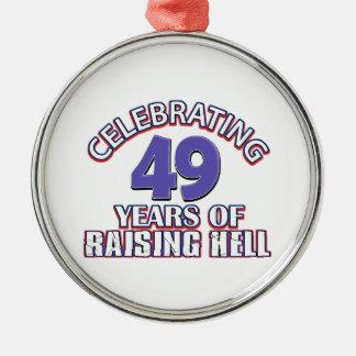 おもしろい49年間の上昇地獄を祝います メタルオーナメント