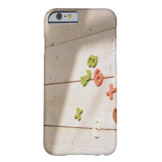 おもちゃ BARELY THERE iPhone 6 ケース