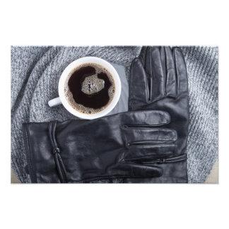 および黒い手袋白いコーヒーの平面図 フォトプリント