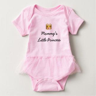 お母さんのピンクの小さいプリンセスのチュチュのボディスーツ ベビーボディスーツ