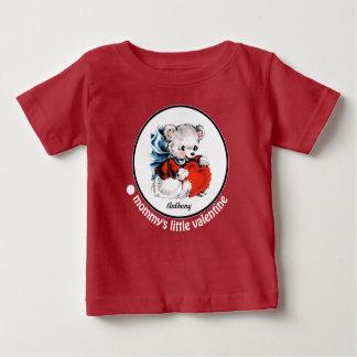 お母さんの小さいバレンタイン。 幼児ギフトのTシャツ ベビーTシャツ
