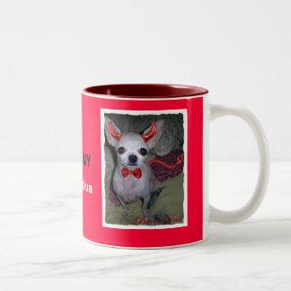 お母さんの小さい悪魔(チワワ) ツートーンマグカップ