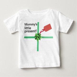 お母さんの少し現在 ベビーTシャツ