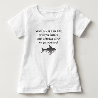 お母さんの…鮫! ベビーロンパース
