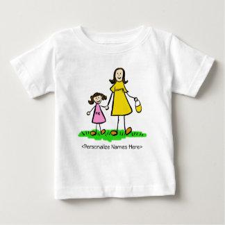お母さん及び私-母および娘のブルネットのワイシャツ ベビーTシャツ