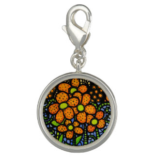 お洒落なオレンジによっては明るい色が開花します チャーム