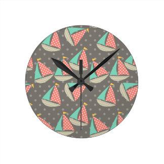 お洒落なヨット ラウンド壁時計