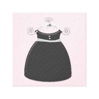 お洒落な服のピンクおよび黒い女の赤ちゃん キャンバスプリント