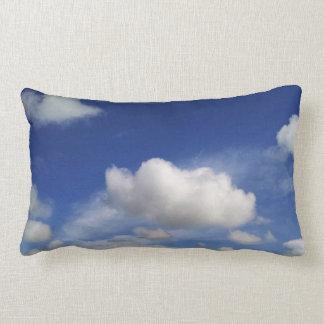 お洒落な雲の枕 ランバークッション