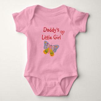 お父さんの小さな女の子の引用文のかわいい蝶ハート ベビーボディスーツ