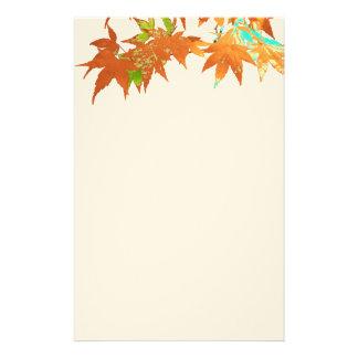 お祝いの秋の金ゴールドの日本のなかえではおおいを去ります 便箋