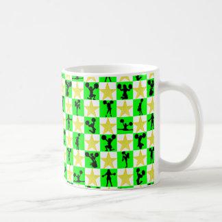お祝いの緑のチアリーダーのクリスマスのデザイン コーヒーマグカップ