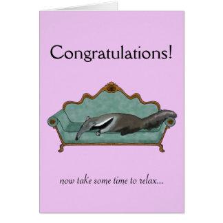 お祝いはかわいいアリクイと梳きます カード