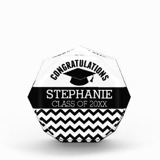 お祝いは-名前入りな卒業を卒業させます 表彰盾
