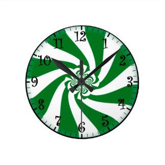 """""""お祭り菓子""""の: """"Spearmintの""""、緑または白い柱時計 ラウンド壁時計"""