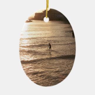 かい搭乗の日没San Sebastianを立てて下さい 陶器製卵型オーナメント