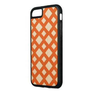 かえで木のオレンジ格子 CARVED iPhone 8/7 ケース