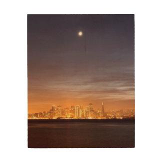 かすんでいる12月のサンフランシスコに置く月 ウッドウォールアート