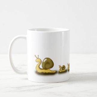 かたつむりの遅い生命 コーヒーマグカップ